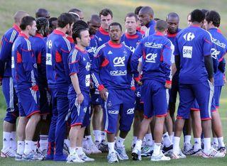 L'équipe de France refusant de s'entrainer